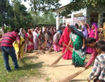 WomenCleanIndia-400x284 - Copy